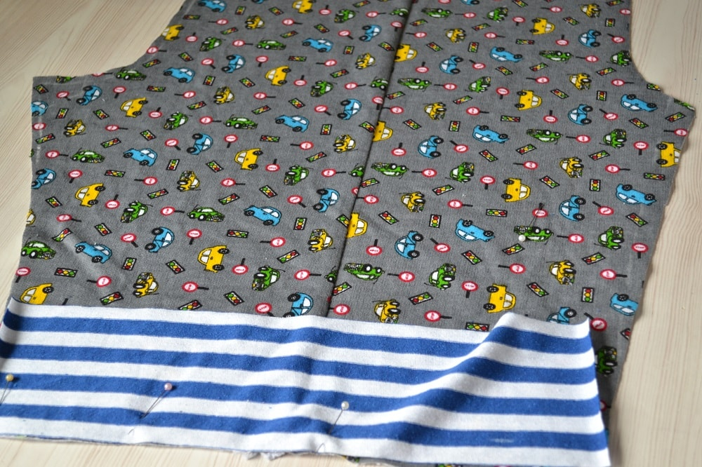How to Make Children's Pants with Elastic Waist, step 4