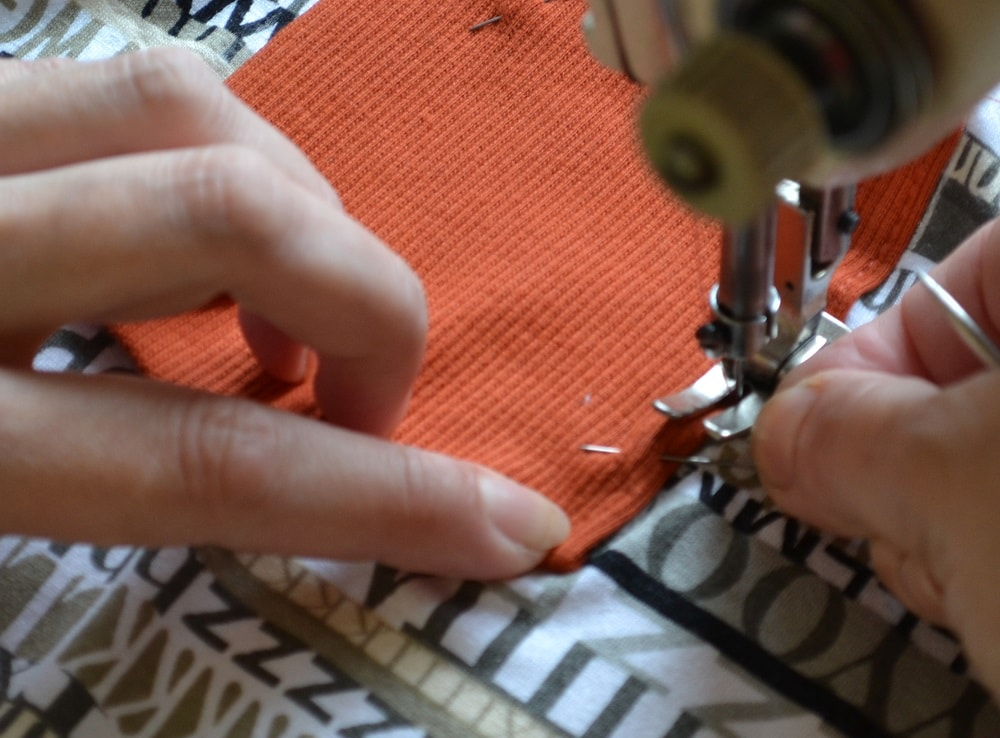 How to Make a Knit Patch Pocket, step 8